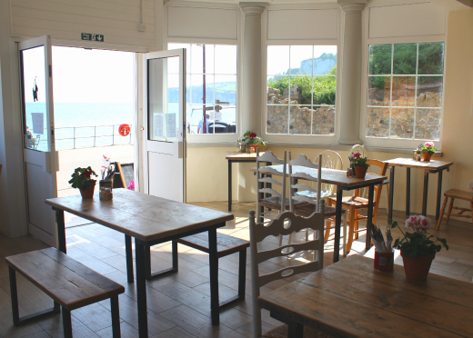 hideaway-cafe-inside