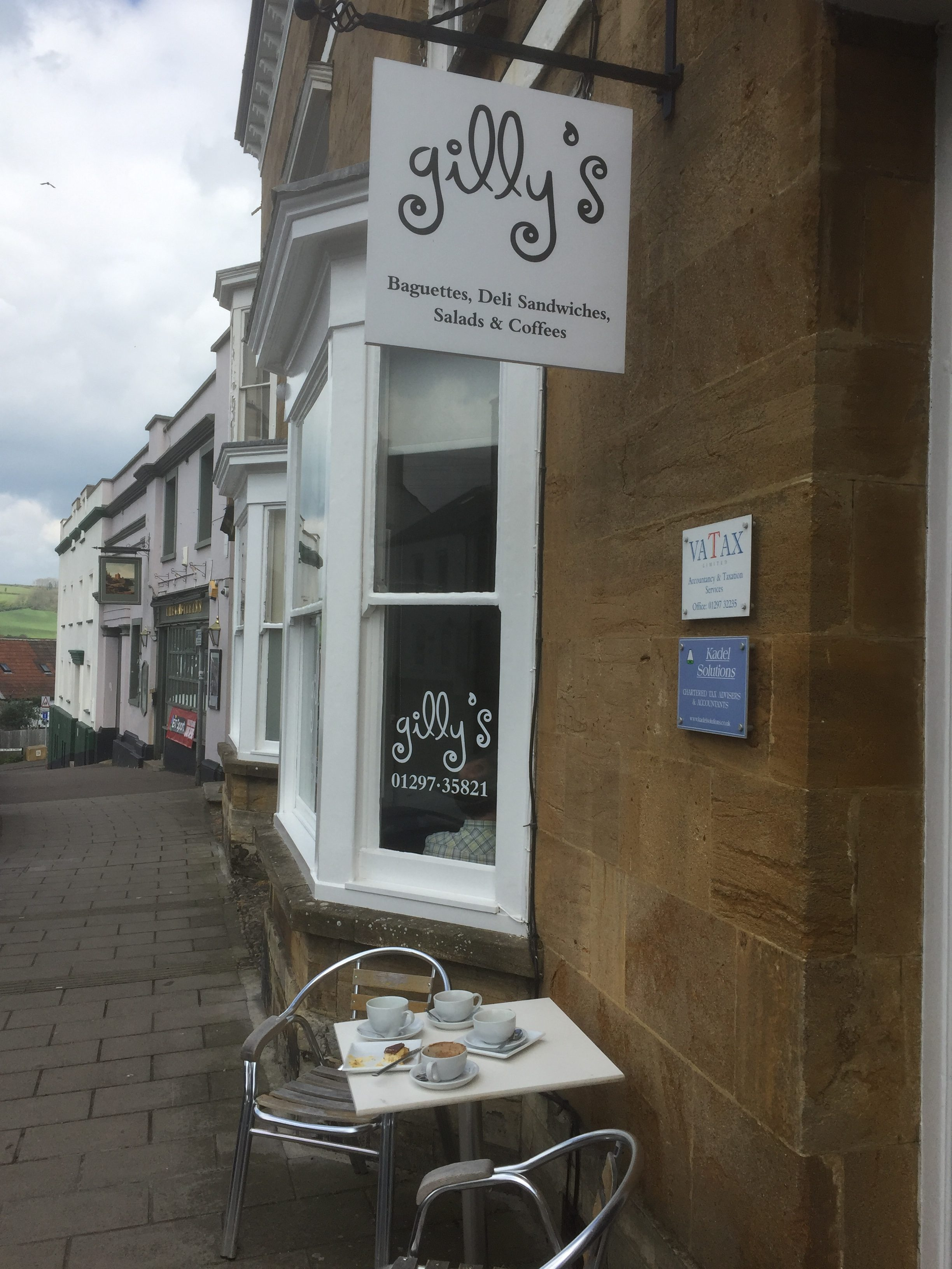 Gilly's Cafe